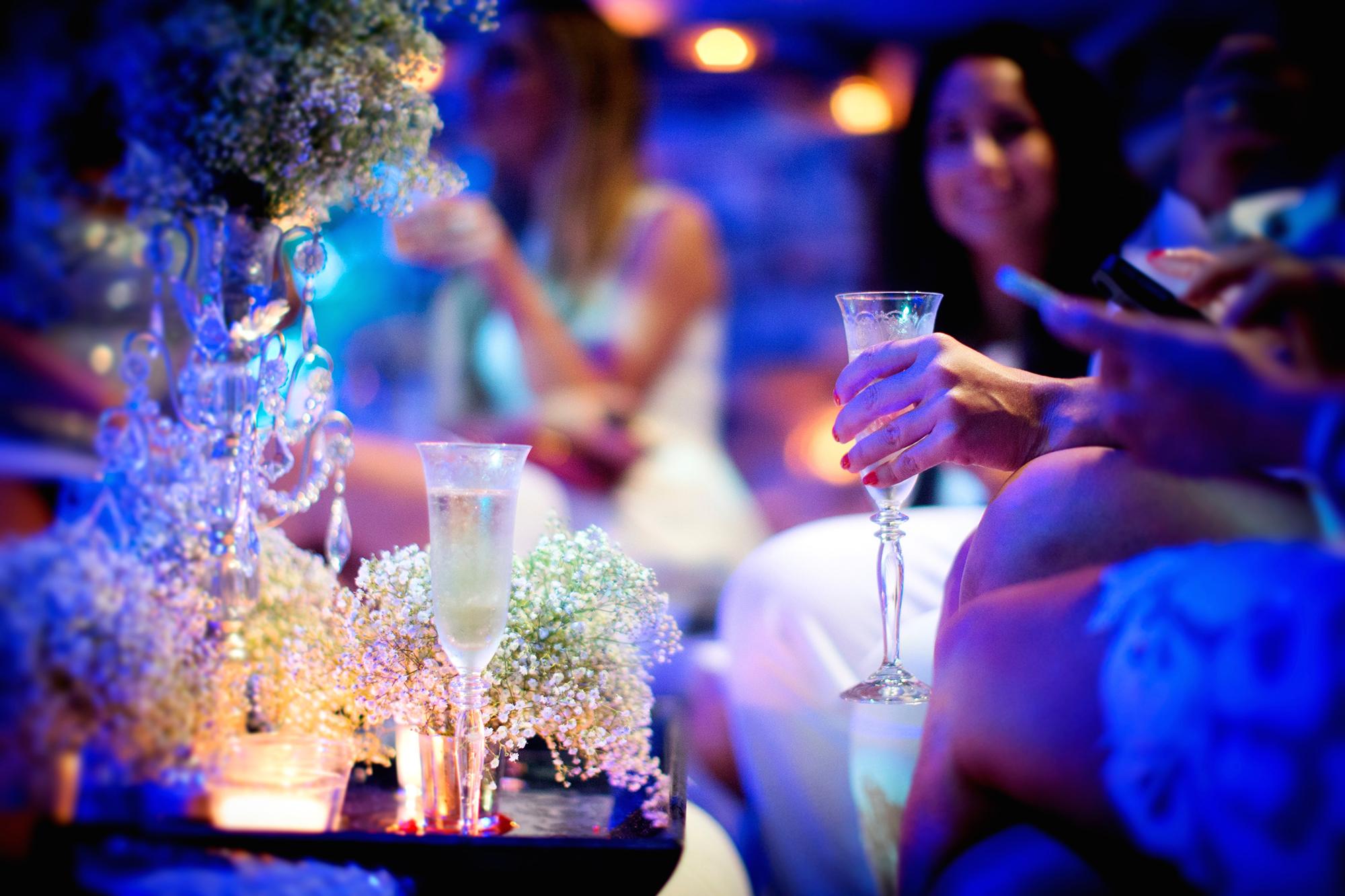 champaigne-glass-white-party-mario-lopez.jpg