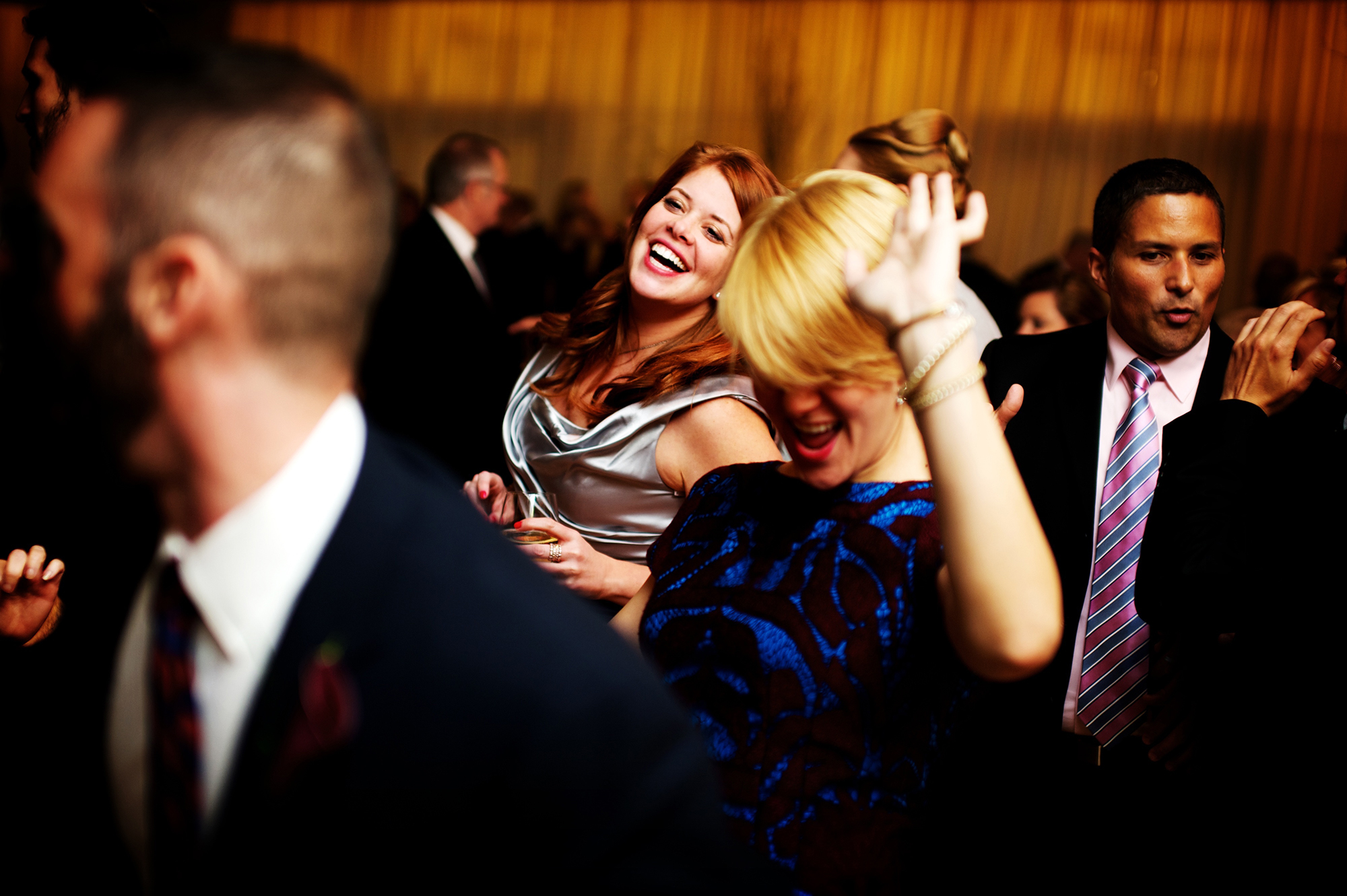guest-dances-at-the-rhianna-diamond-ball-lionell-ritchie.jpg