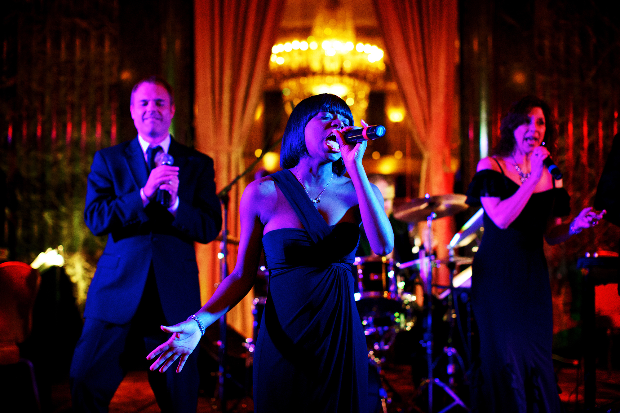 performance-music-whiskey-lounge-wedding.jpg