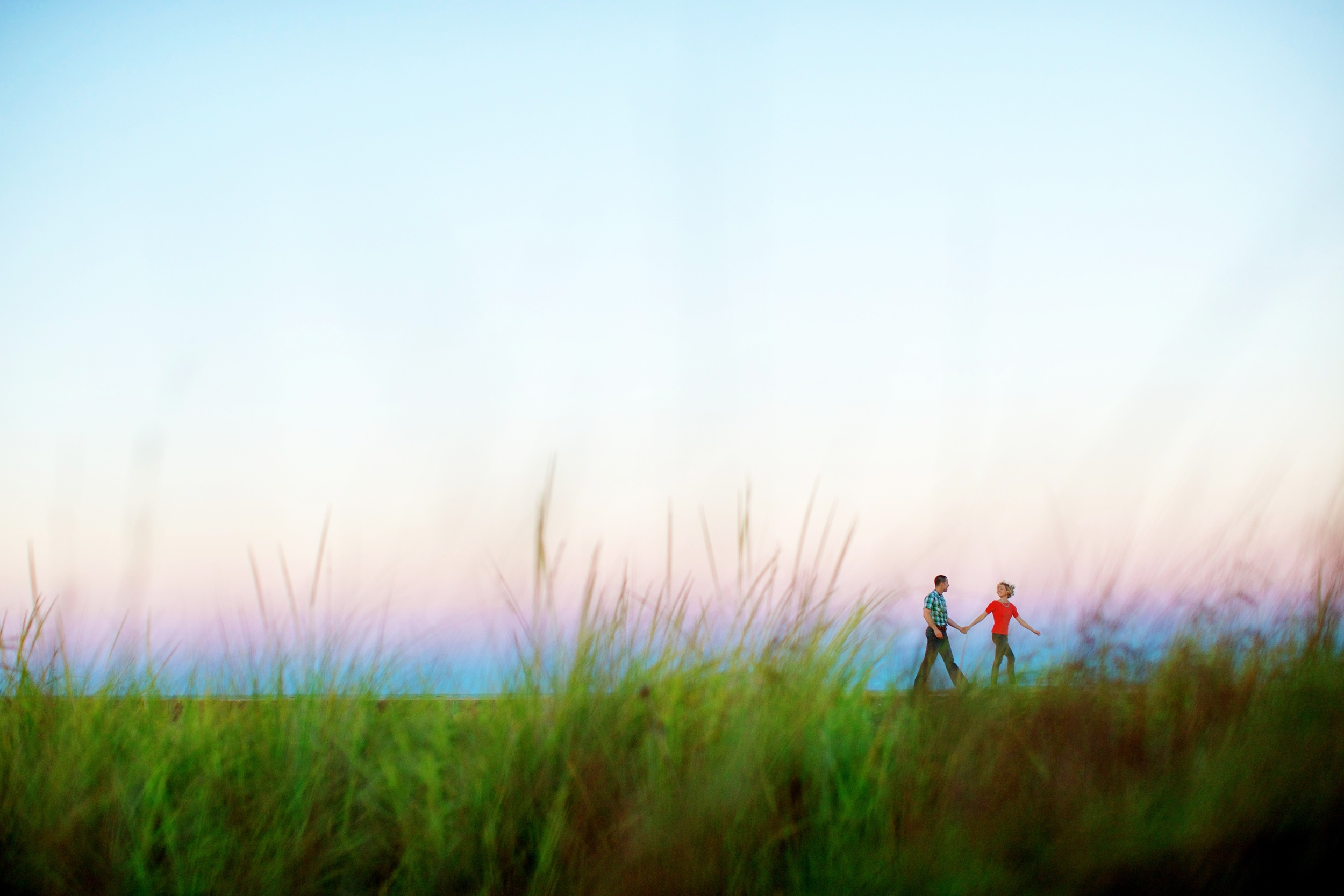 couple-walk-along-montrose-harbor-in0chicago-lake-michigan.jpg