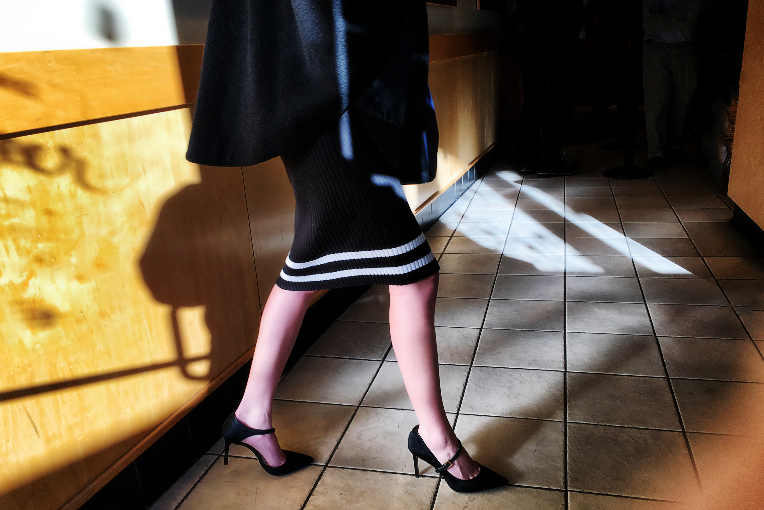 starbucks-lady-in-heels-frapaccino.jpg