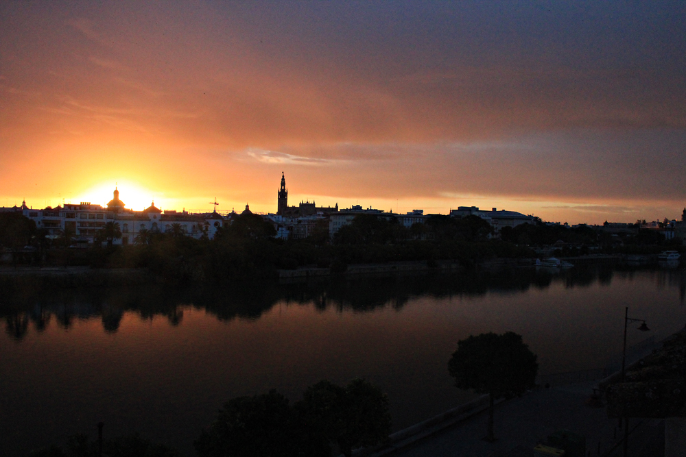 Sunrise above Guadalquivir in Seville