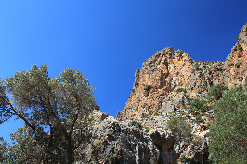 Camping at Agiofaraggo (South Crete, Greece) 2