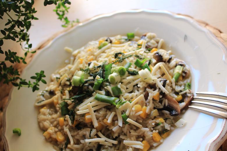 ανοιξιάτικο ριζότο με μανιτάρια, καλαμπόκι, κρεμμυδάκια και κατσικίσιο τυρί 3