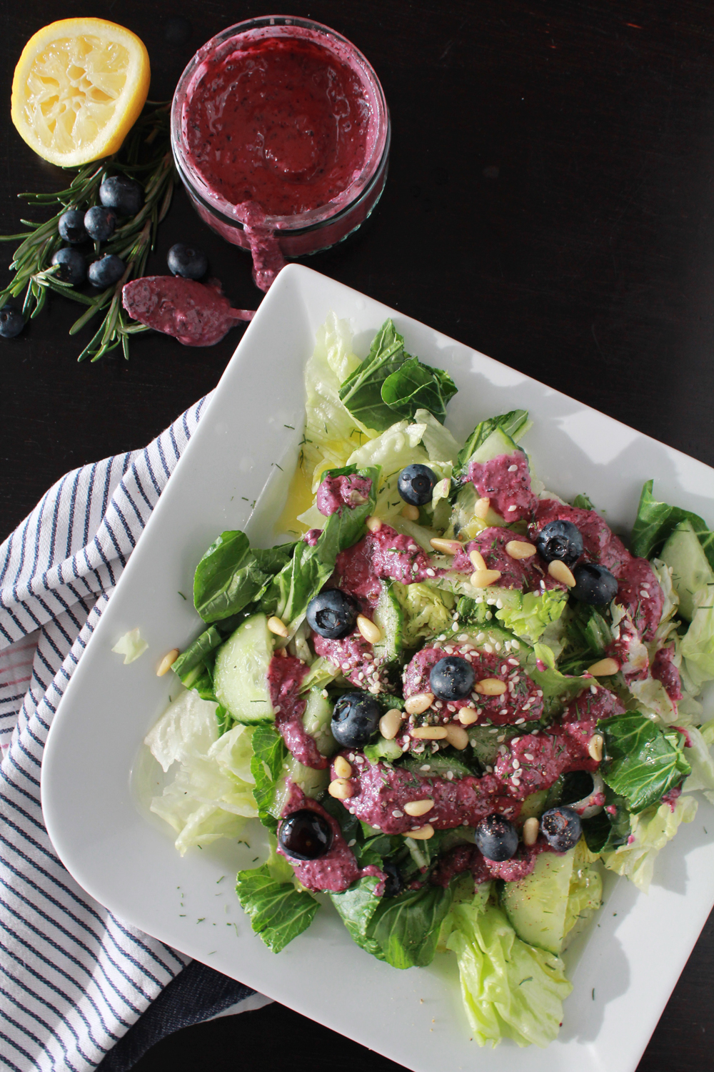Salad dressing with blueberries, dijon mustard, olive oil & sesam | In Whirl of Inspiration