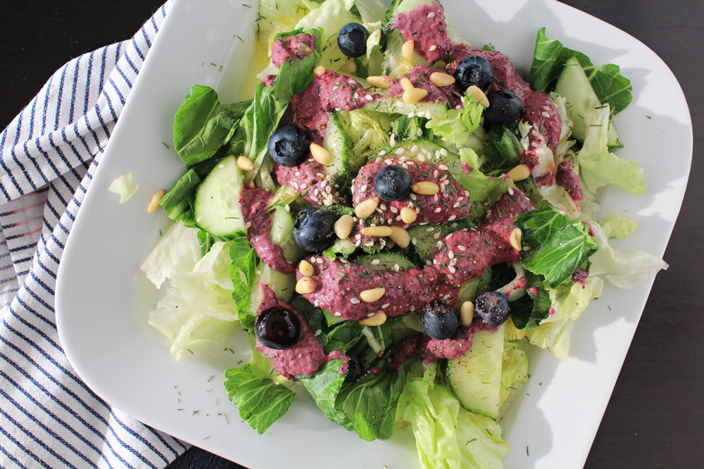 Salad dressing with blueberries, dijon mustard, olive oil & sesam | In Whirl of Inspiration 4