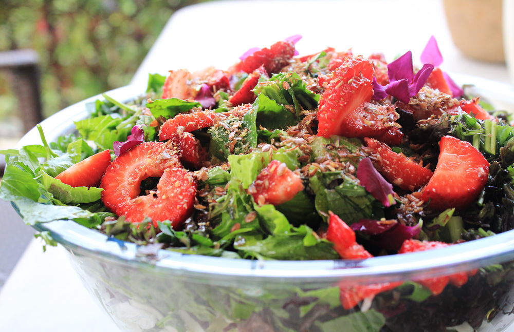 Green salad with strawberries, flaxseed and violet flowers | from IN WHIRL OF INSPIRATION