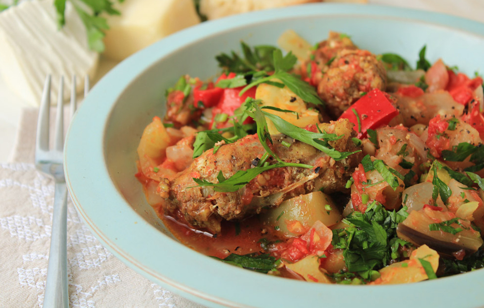Delicious summer tourlou (the Greek ratatouille) with traditional sausage | by IN WHIRL OF INSPIRATION .jpg