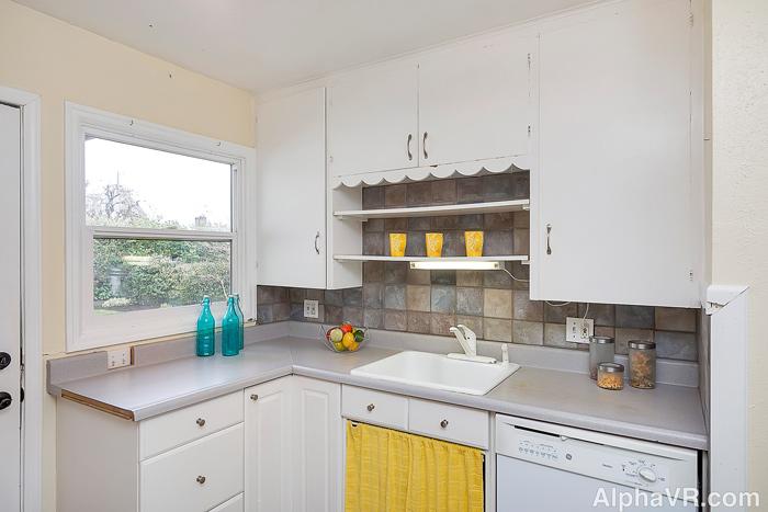 NE 40th kitchen-2.jpg