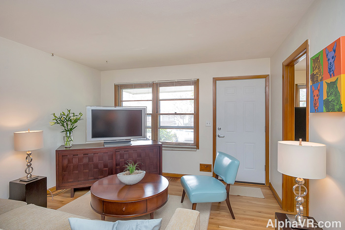6010 Living Room from hallway.jpg