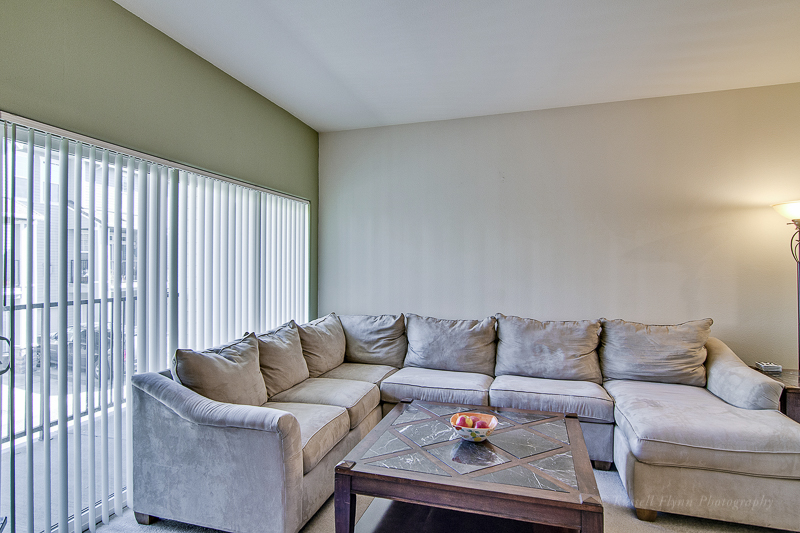 SB living room 2.JPG