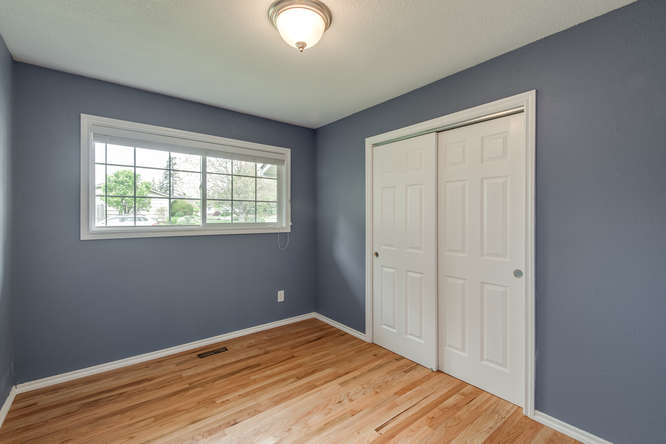 2240 SW Ecole Ave Beaverton OR-small-013-Bedroom 3-666x445-72dpi.jpg