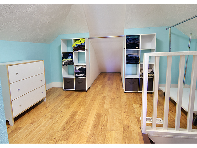 upstairs 2.jpg