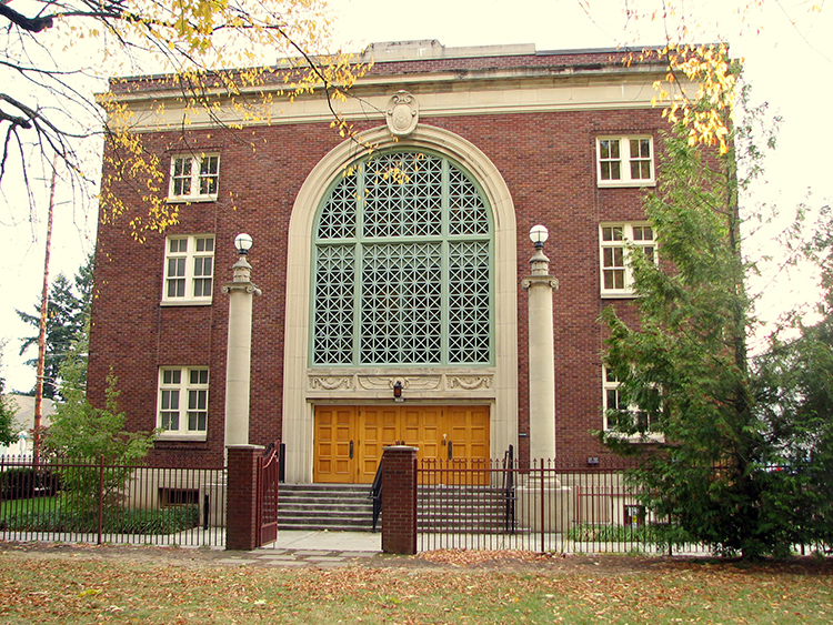 Historic Landmark the Palestine Lodge in Foster Powell