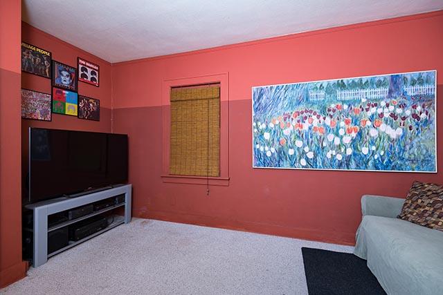 6806 N Williams Ave Original-16.jpg