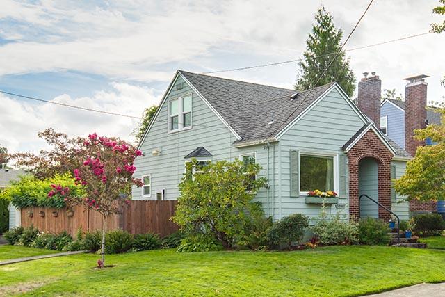 3840 NE 71st Ave Portland OR-print-003-1-Front of Home-4200x2804-300dpi.jpg