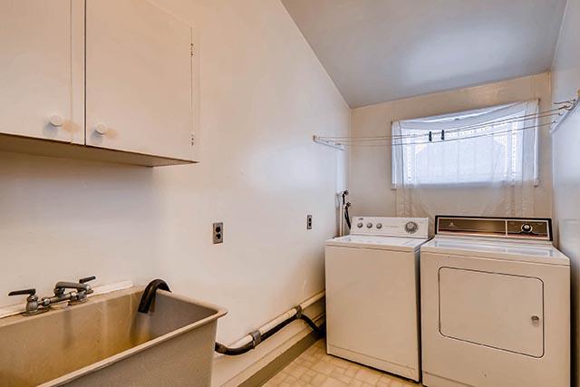 7845 N Decatur St Portland OR-print-021-6-Laundry Room-2700x1800-300dpi.jpg
