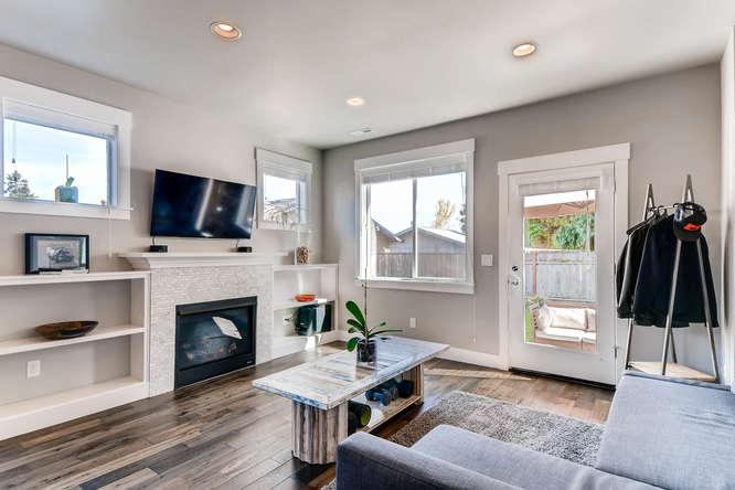 9578 N Burr Ave Portland OR-small-005-3-Living Room-666x444-72dpi.jpg