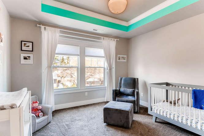 9578 N Burr Ave Portland OR-small-018-28-2nd Floor Bedroom-666x444-72dpi.jpg