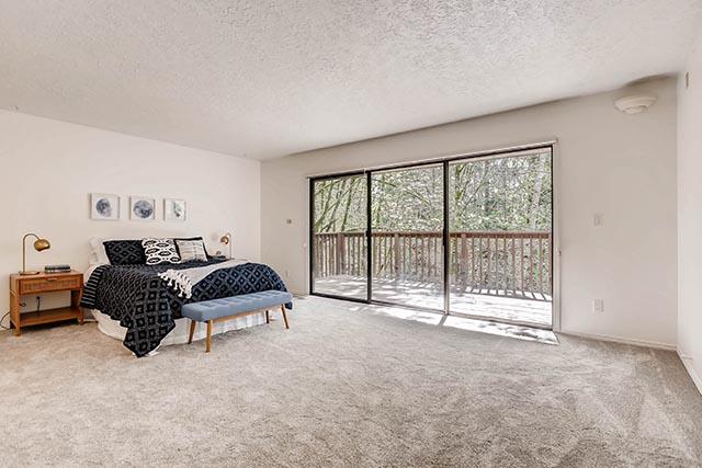 4234 SW Westdale Dr Portland-print-014-24-Master Bedroom-2700x1800-300dpi.jpg