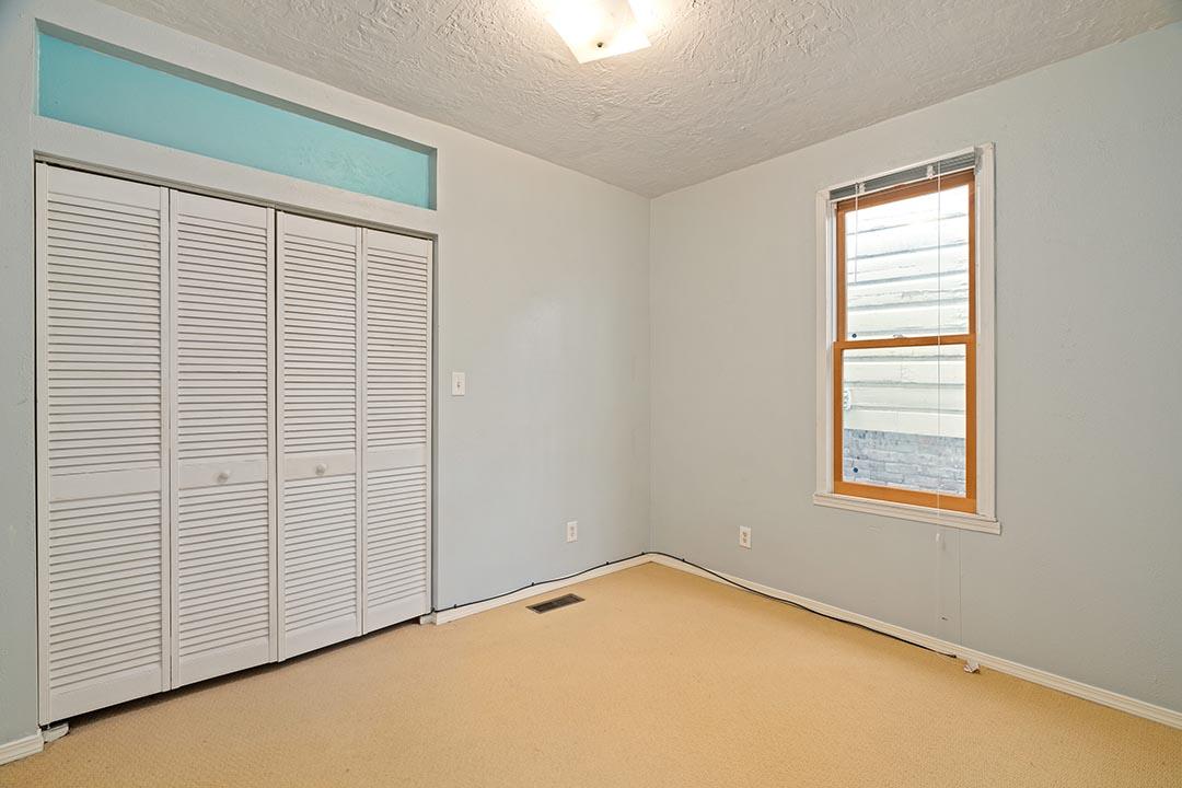 121 SW Whitaker St Portland OR-print-016-10-Bedroom 2-4200x2802-300dpi.jpg