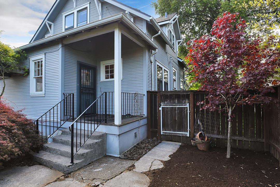5818 N Concord Ave - Portland - 43.jpg