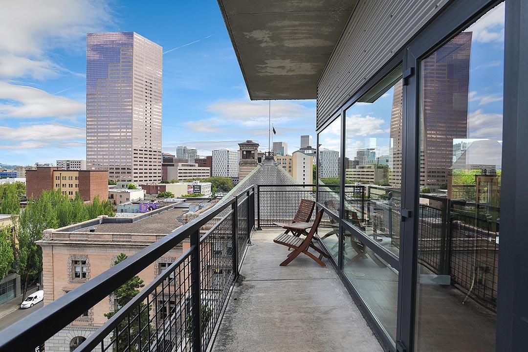 300 NW 8th Ave - Unit 807 - Portland-31.jpg