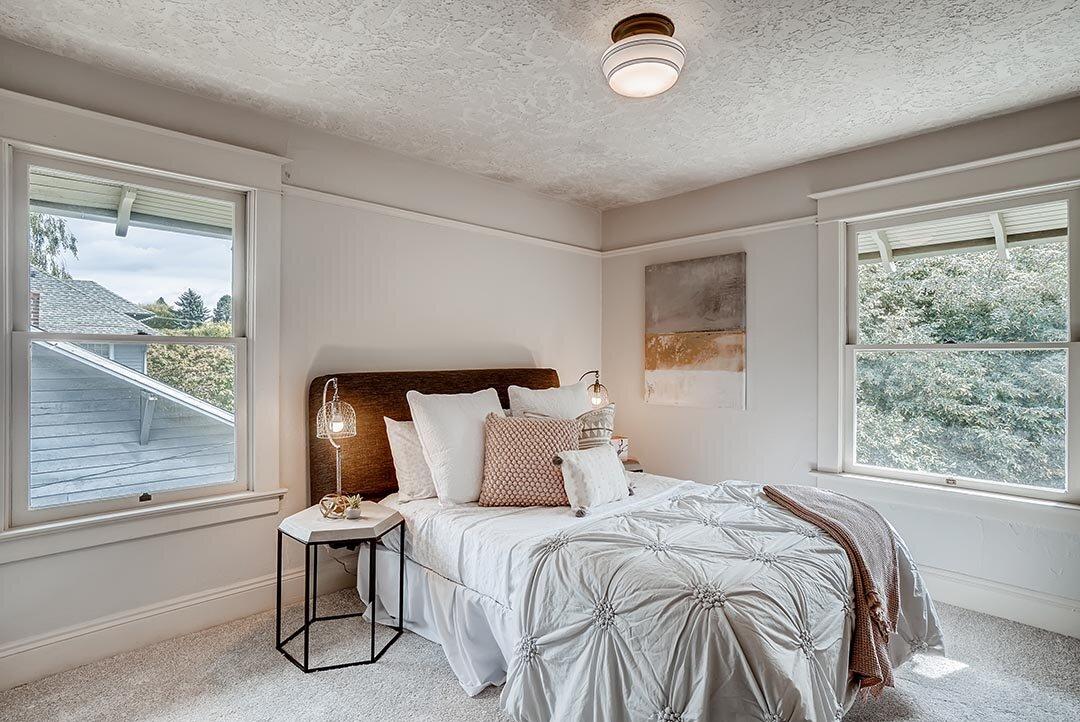 3015 NE OREGON Street Portland-print-019-013-2nd Floor Bedroom-3600x2405-300dpi.jpg