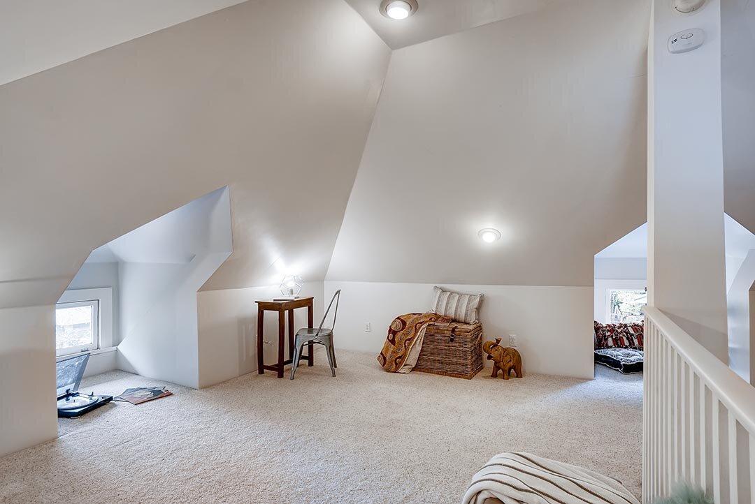 3015 NE OREGON Street Portland-print-024-025-3rd Floor Bedroom-3600x2407-300dpi.jpg