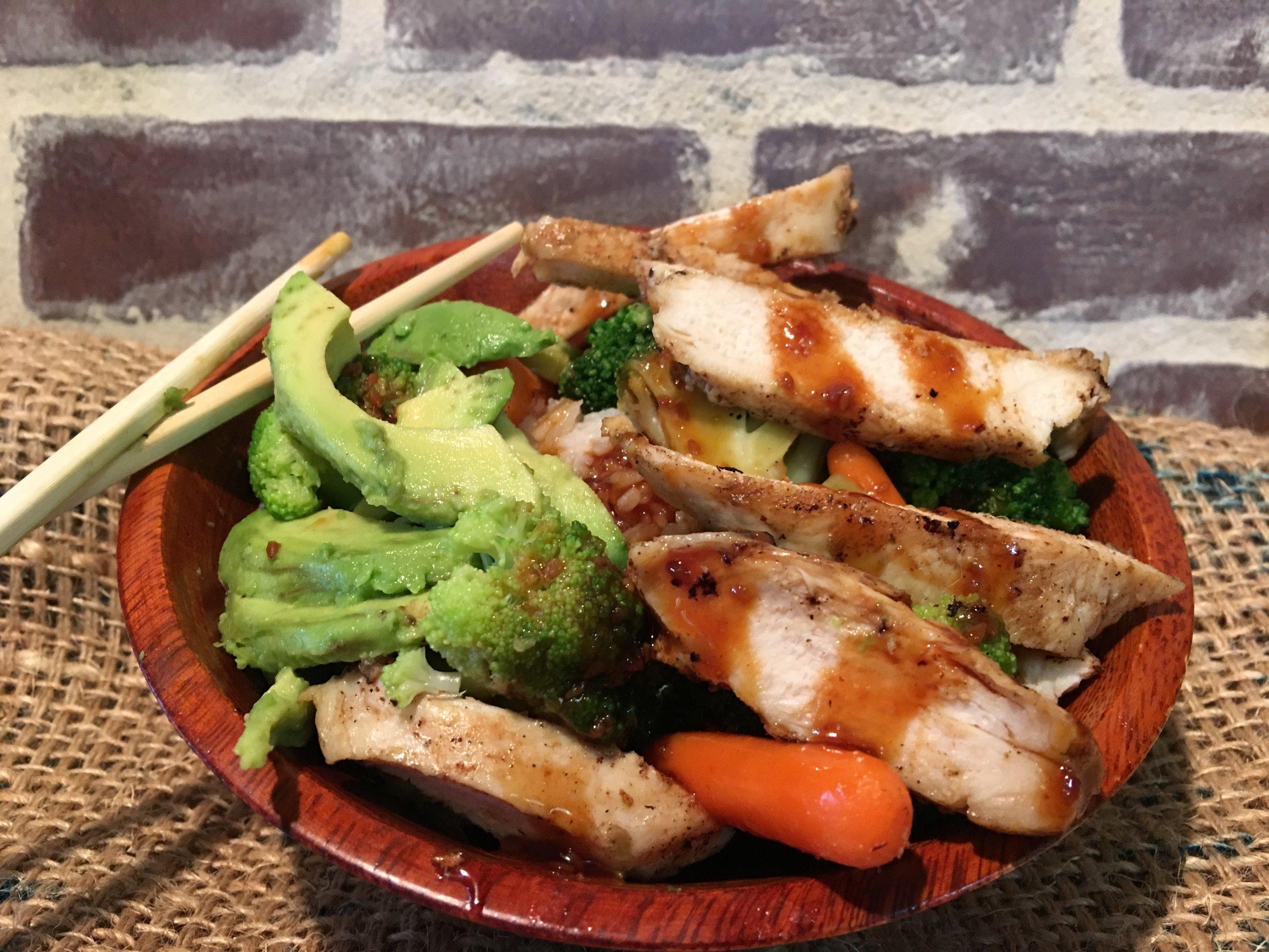 Teriyaki Bowl - Steamed White Rice, Broccoli, Carrots, Chicken Breast, Avocado, with Teriyaki Sauce7.90