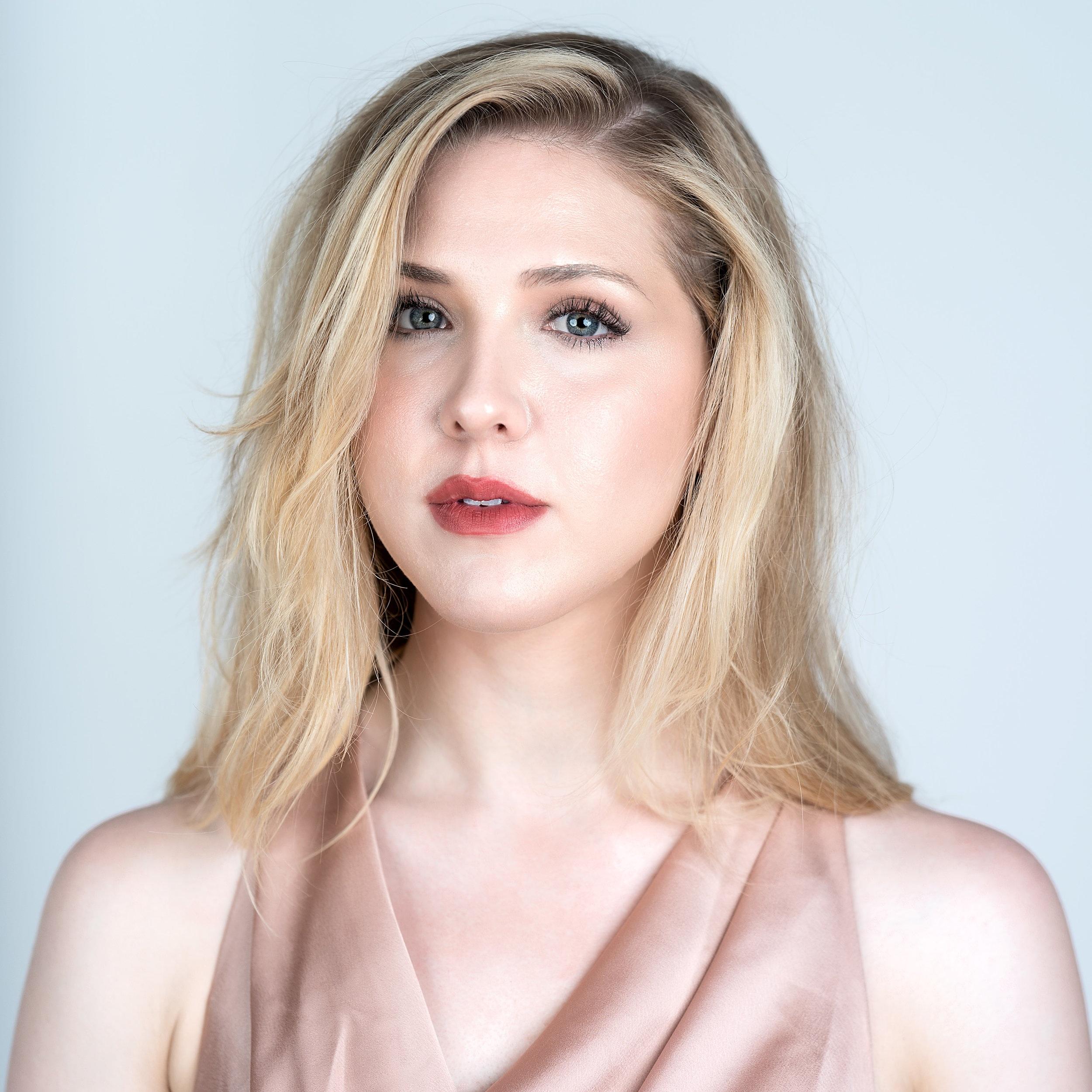 Amanda Austin - Vocals