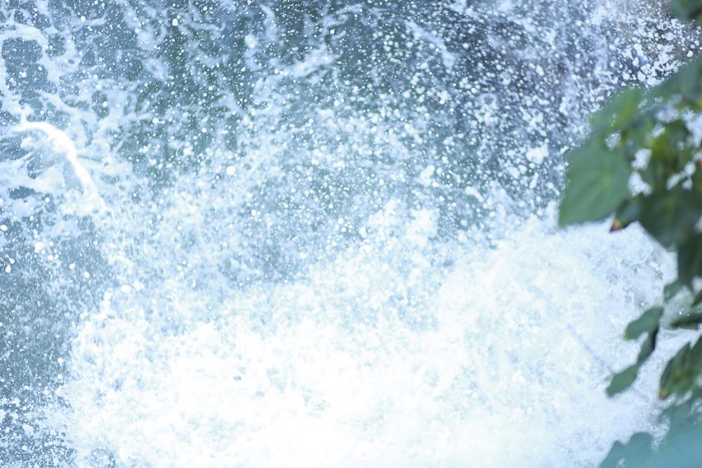The waves crashing against the cliffs in Ocho Rios, Jamaica.