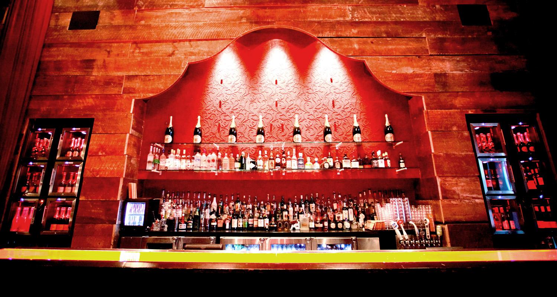 Snug Room Bar at Igby's Cincinnati