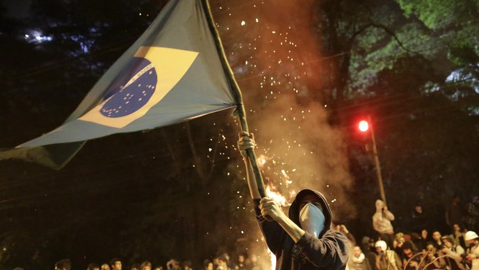 https://www.npr.org/sections/parallels/2013/06/18/193101142/with-inspiration-from-turkey-brazil-discovers-mass-protests