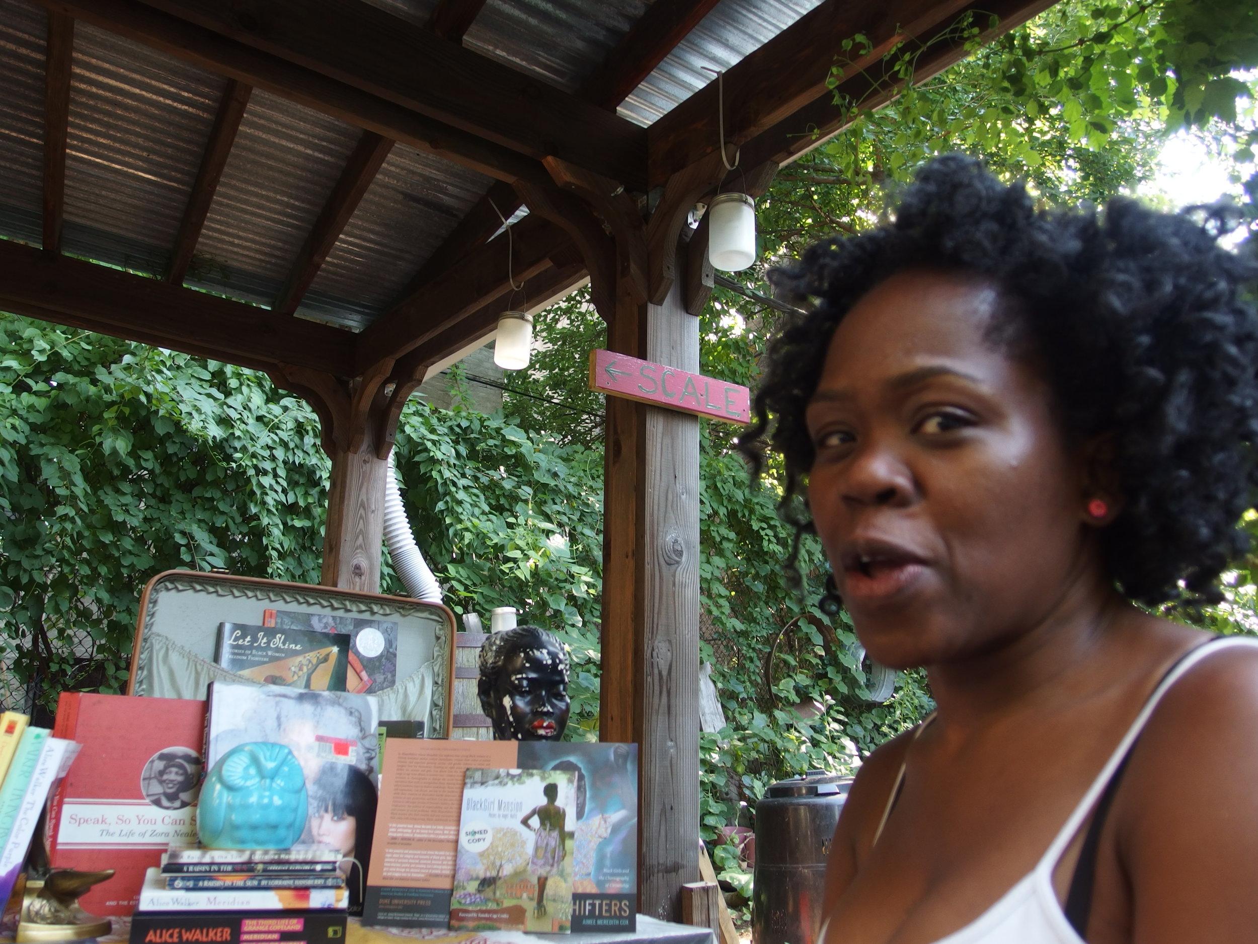 little-free-black-womens-library_20328624164_o.jpg