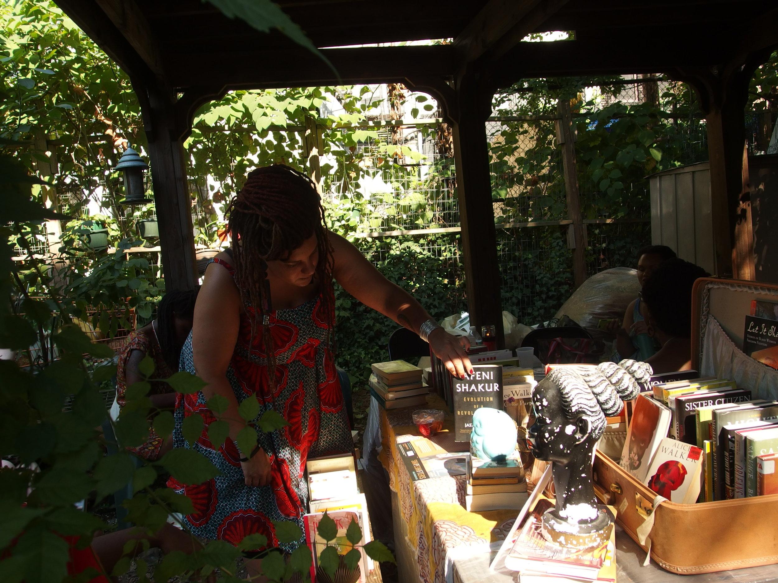 little-free-black-womens-library_20951098635_o.jpg