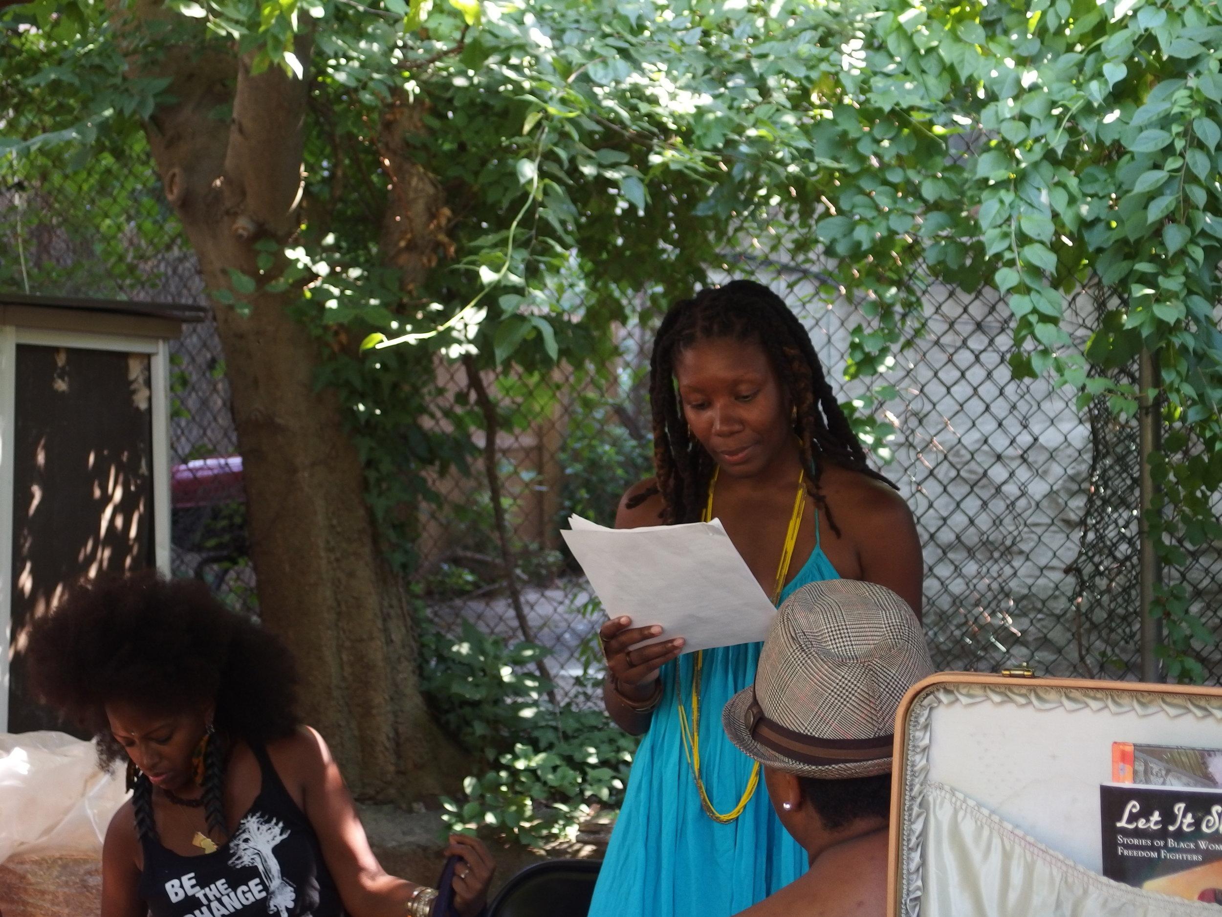 little-free-black-womens-library_20330082683_o.jpg