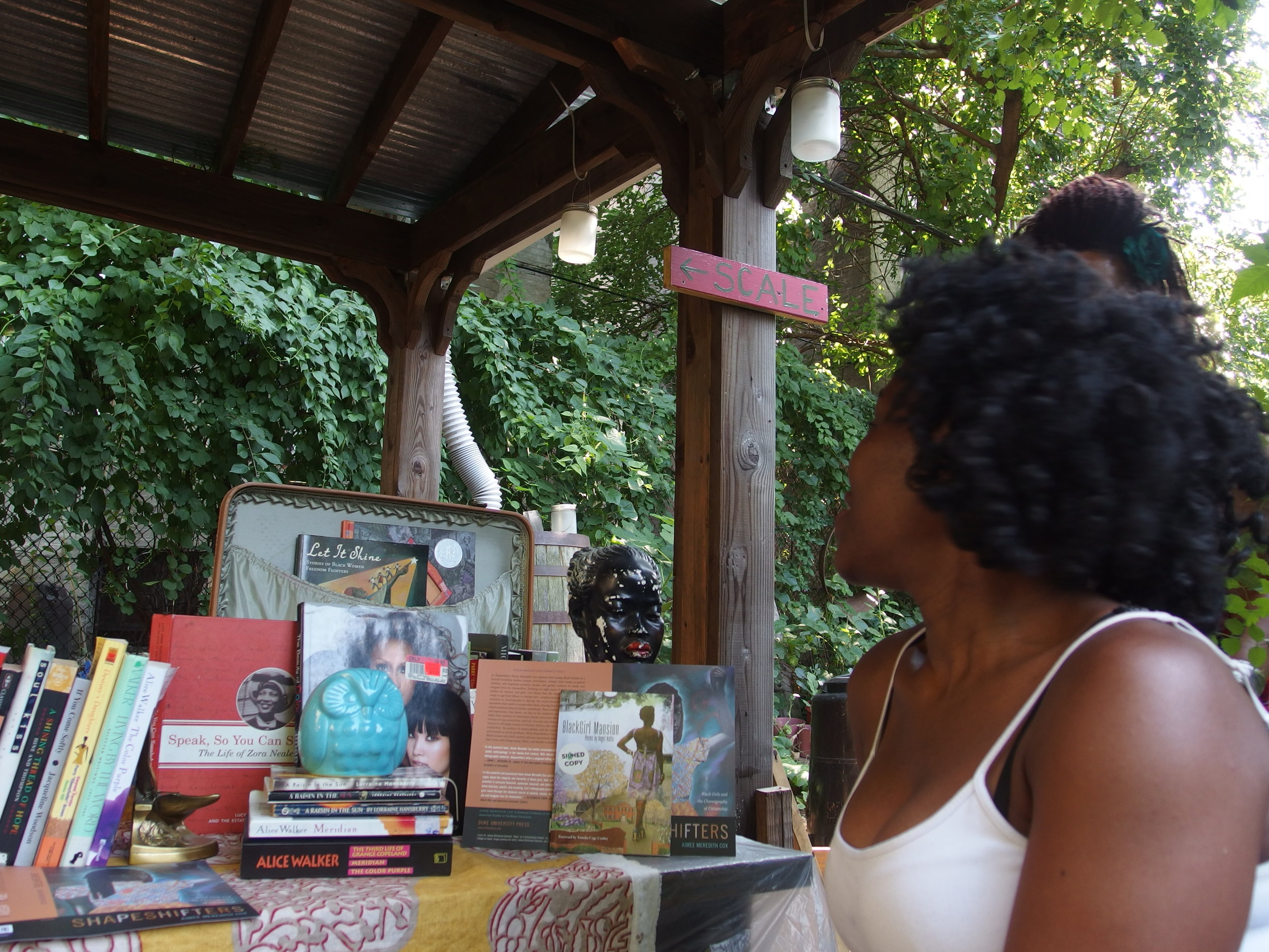 little-free-black-womens-library_20951204155_o.jpg