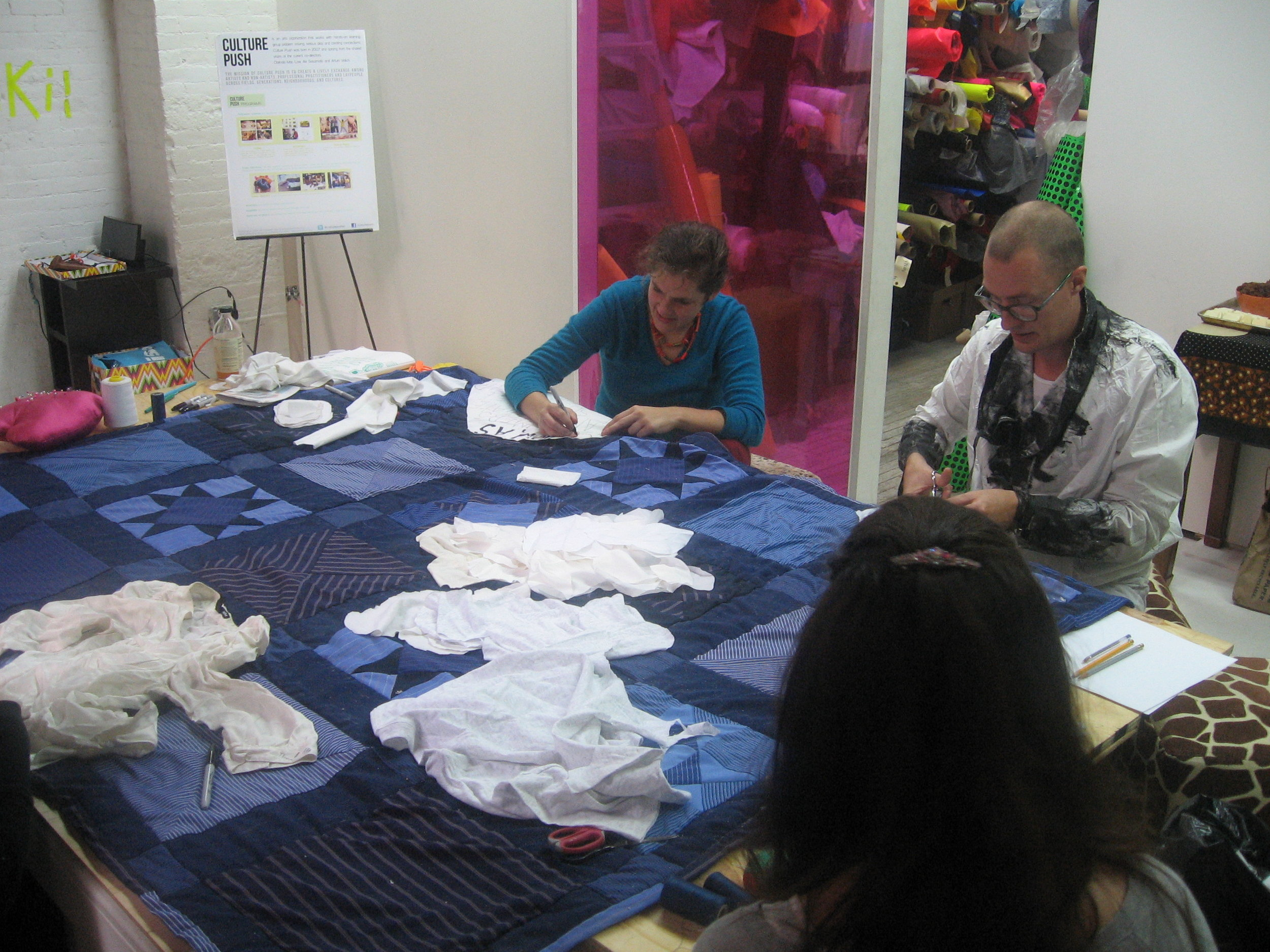 working-on-the-quilt_6293312464_o.jpg