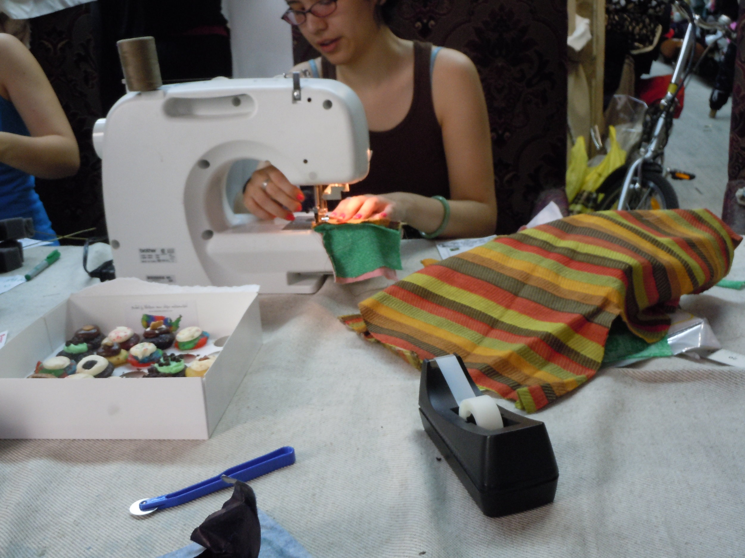 sewing-the-pillow_5063416039_o.jpg