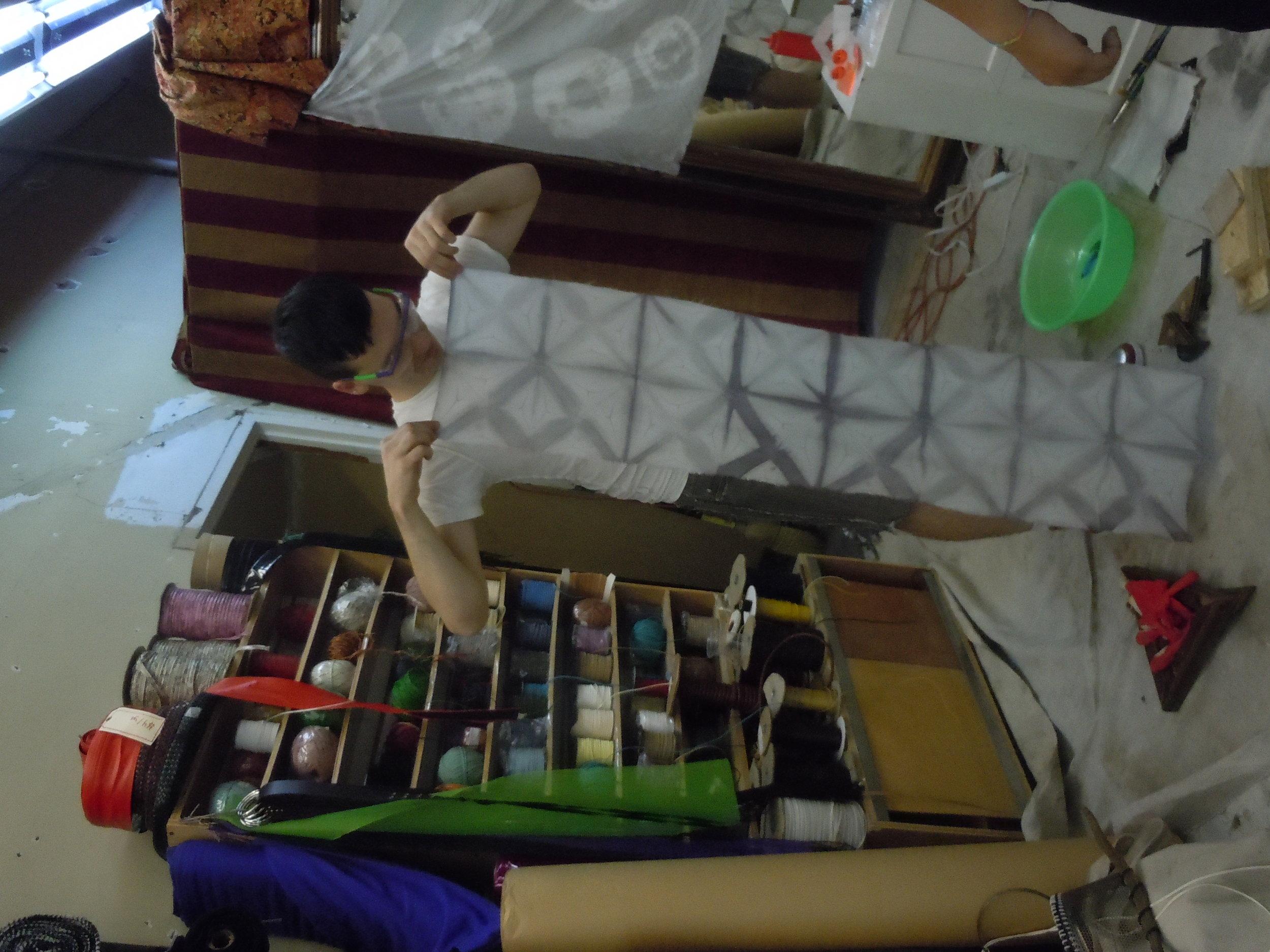 shibori-tea-dyed-fabric_5064080594_o.jpg