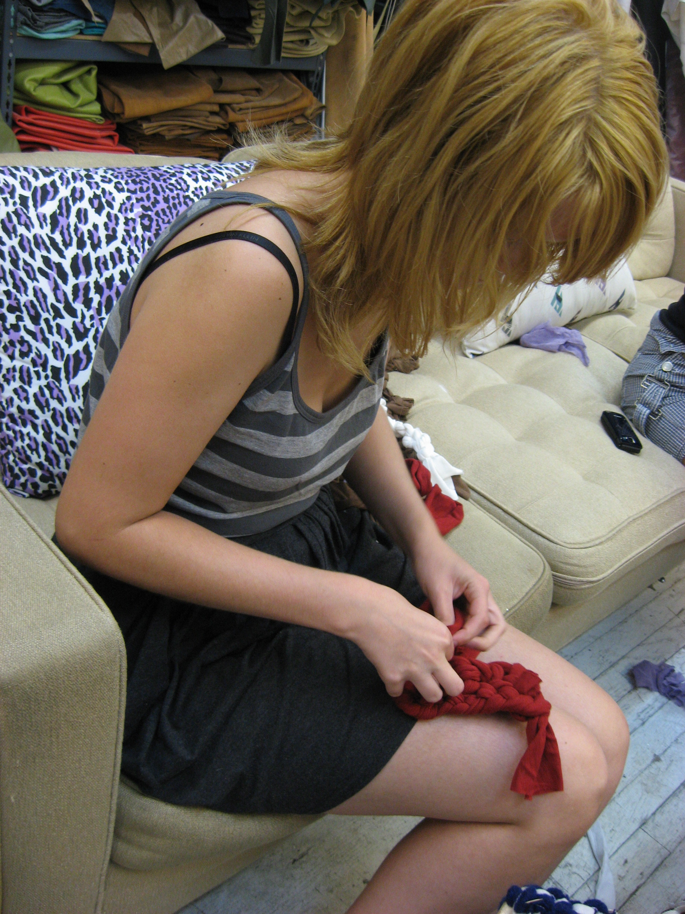 finger-crocheting-with-jersey_4942869899_o.jpg