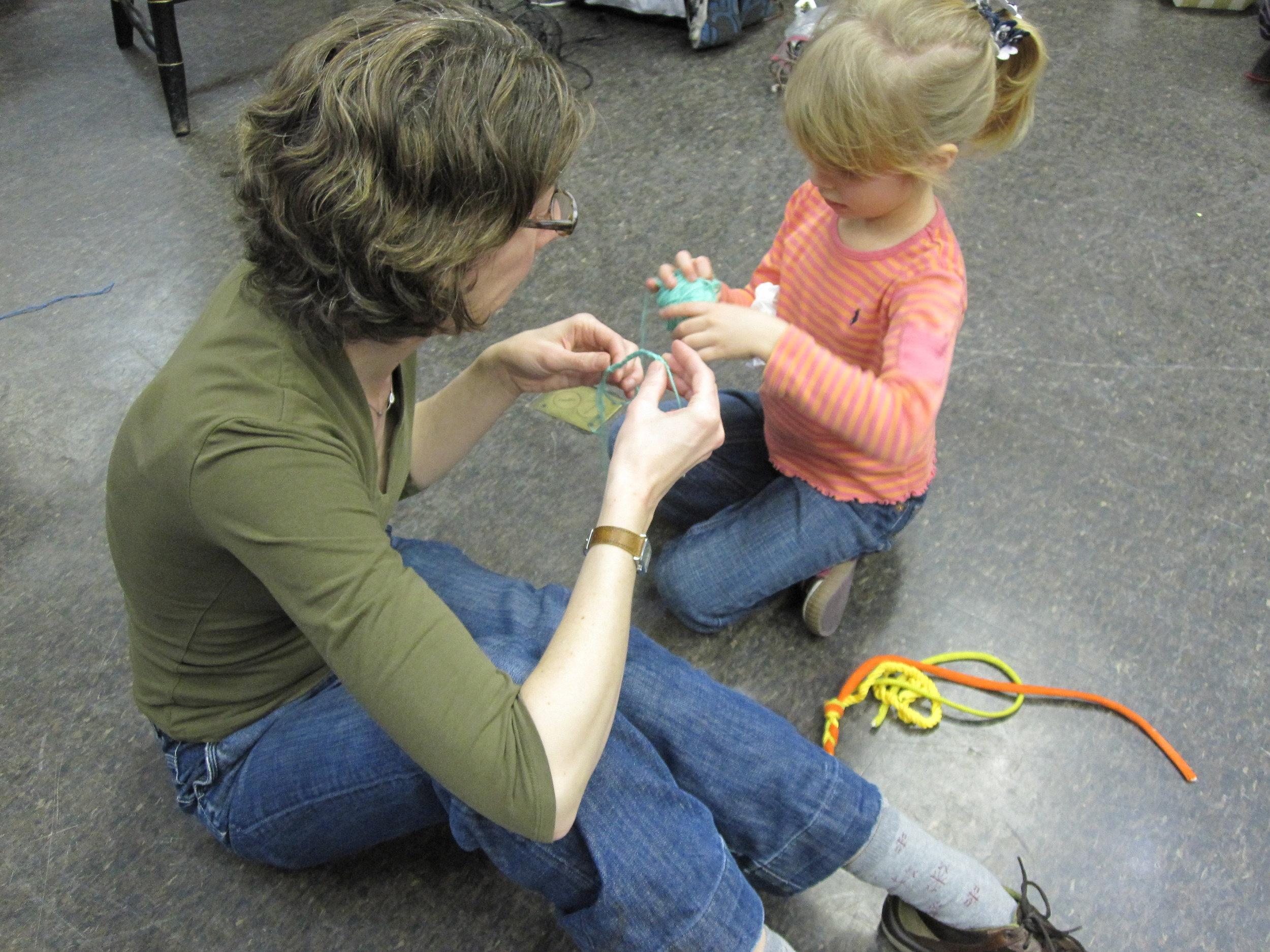 knittingmarathon10_4315174644_o.jpg