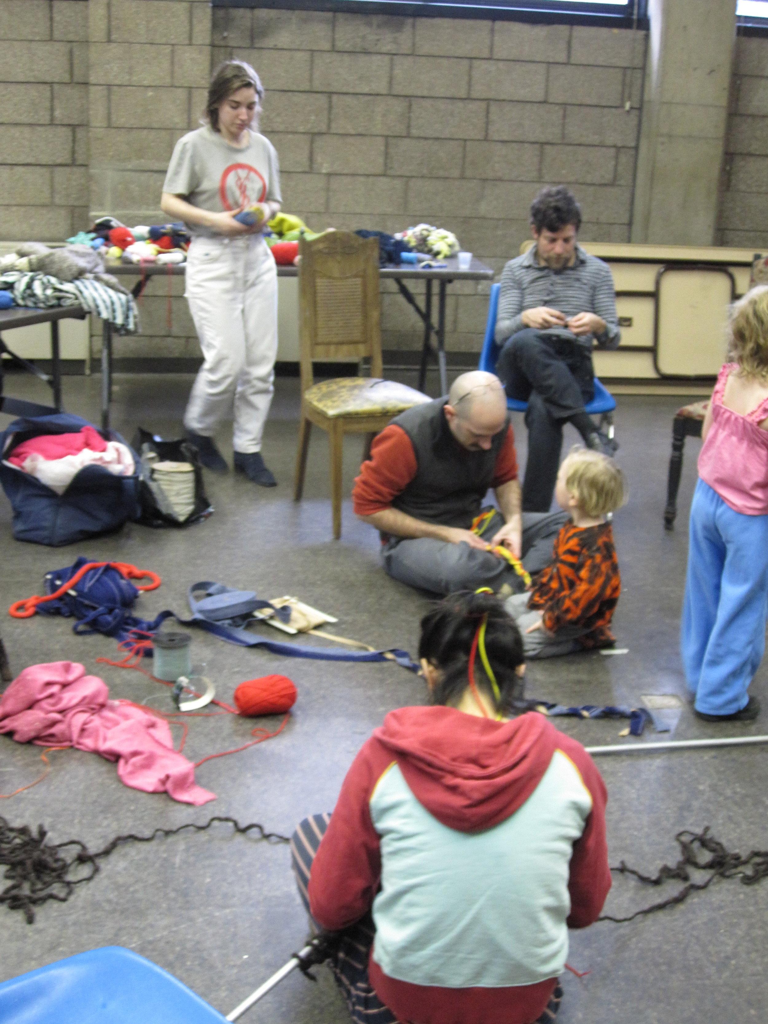 knittingmarathon10_4314423479_o.jpg