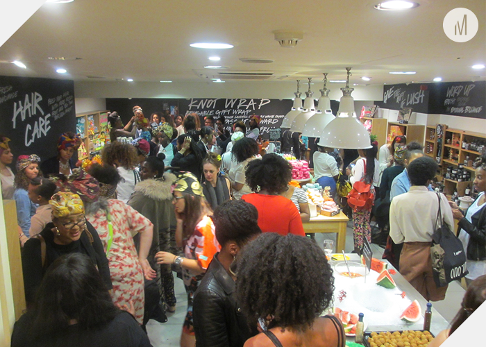 Room full of UK based natural hair bloggers
