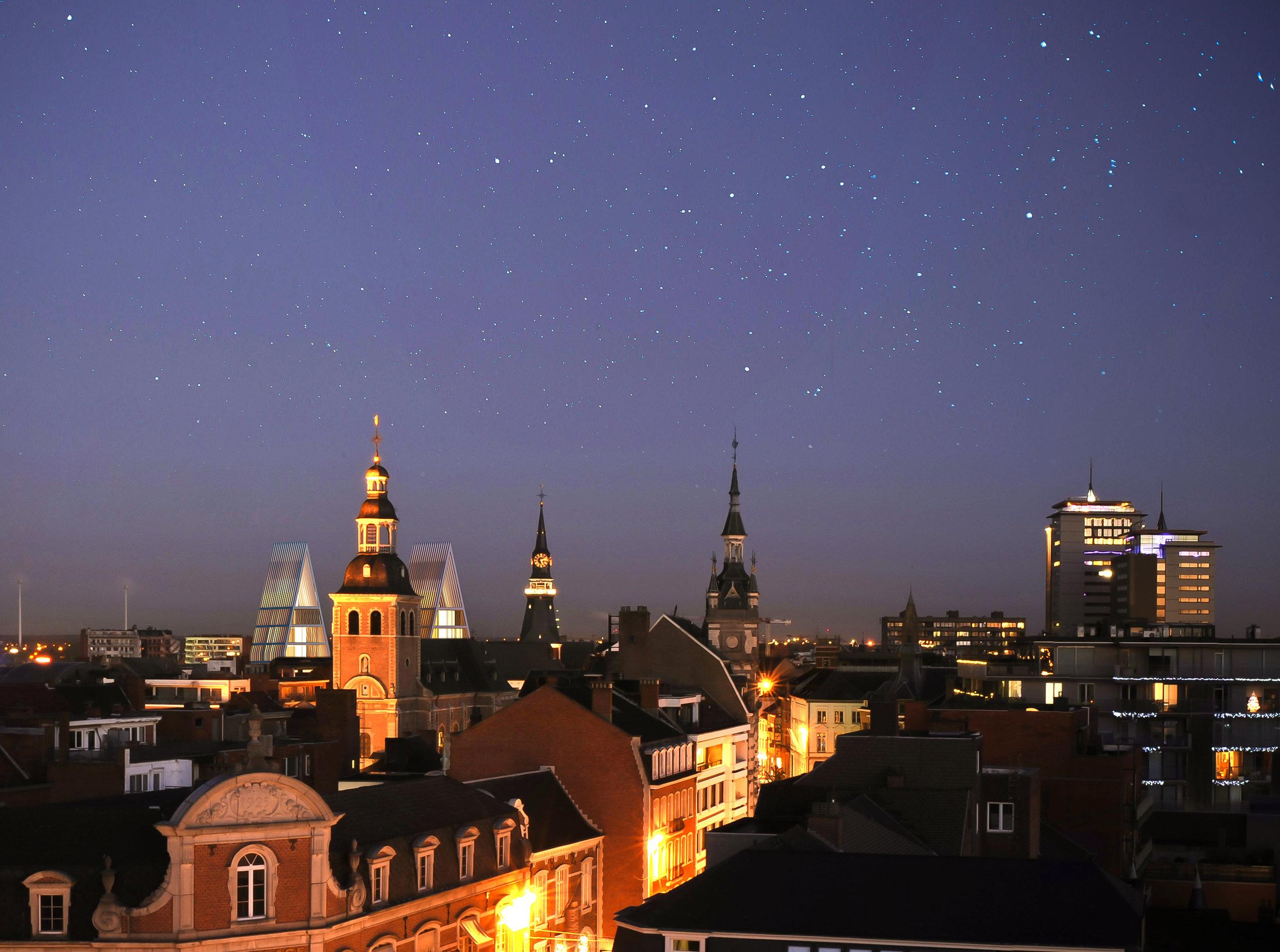 09_cityskype_night.jpg