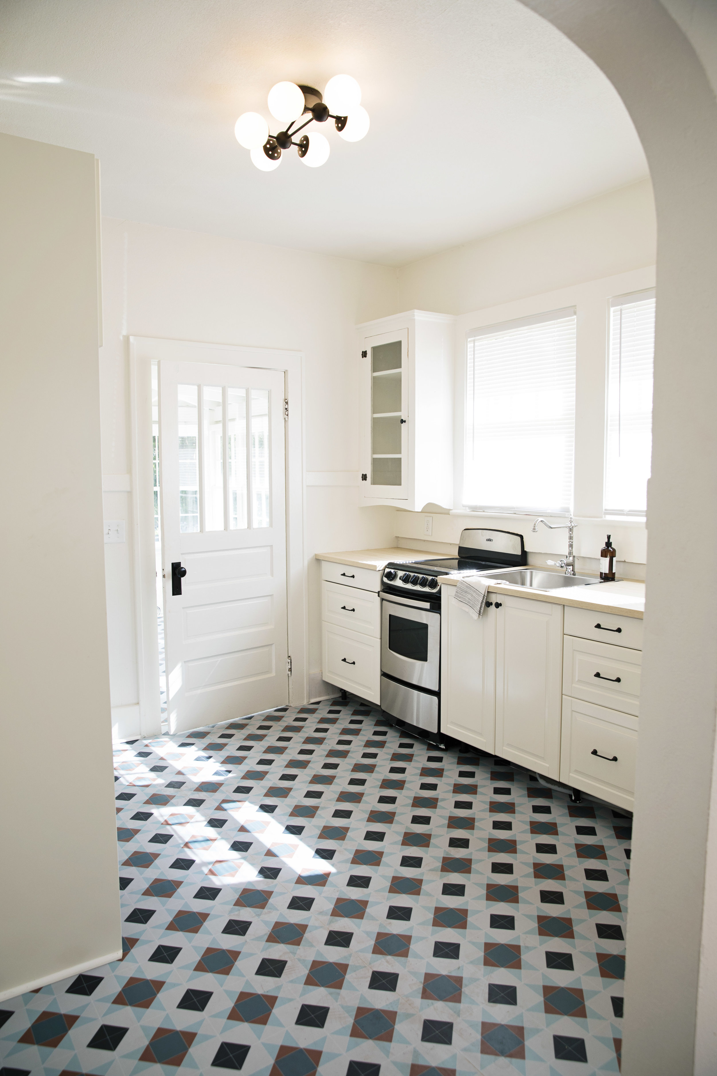 flip investment property kitchen re-design