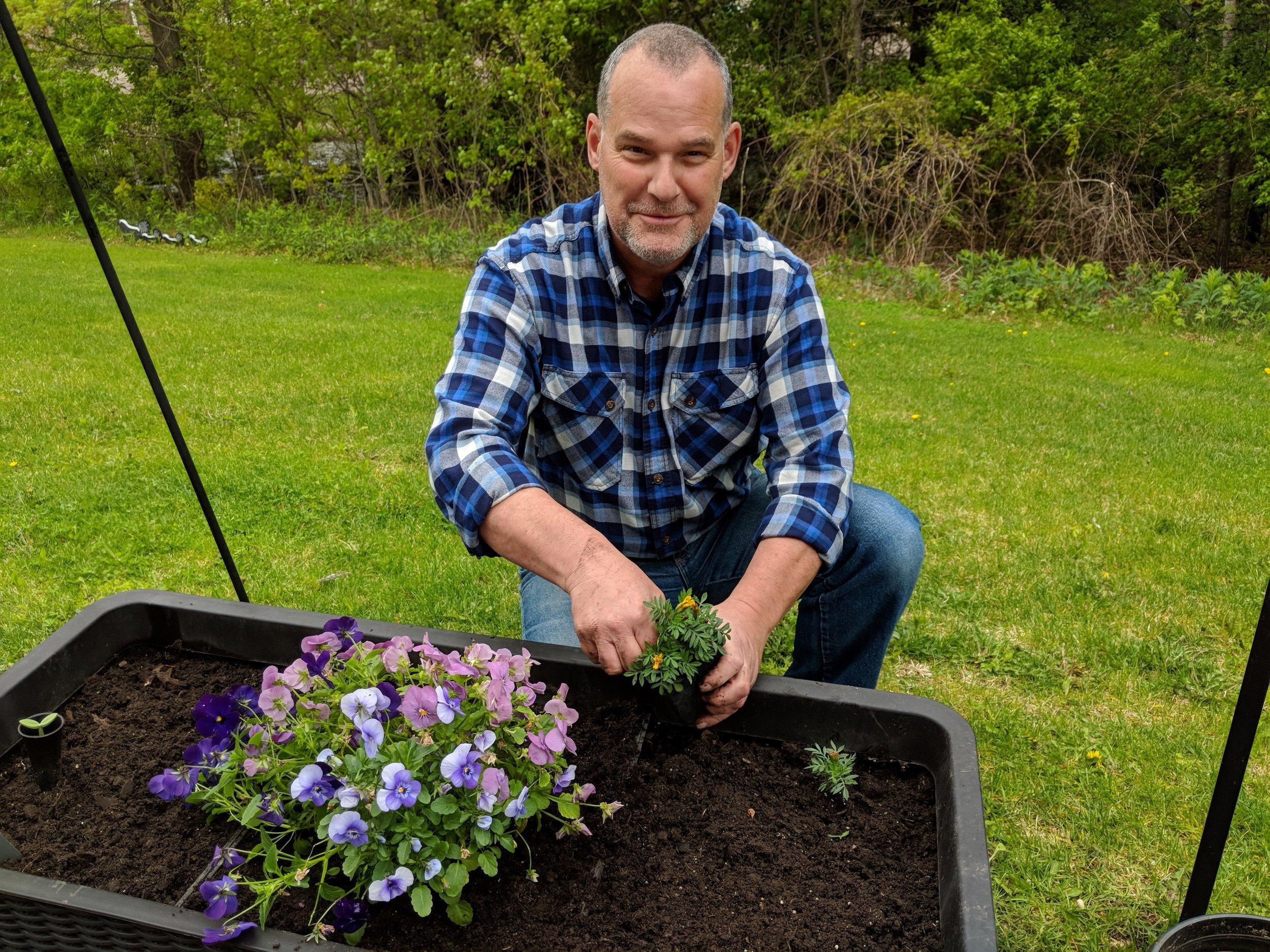 Flower Planting 2019! 7.jpg