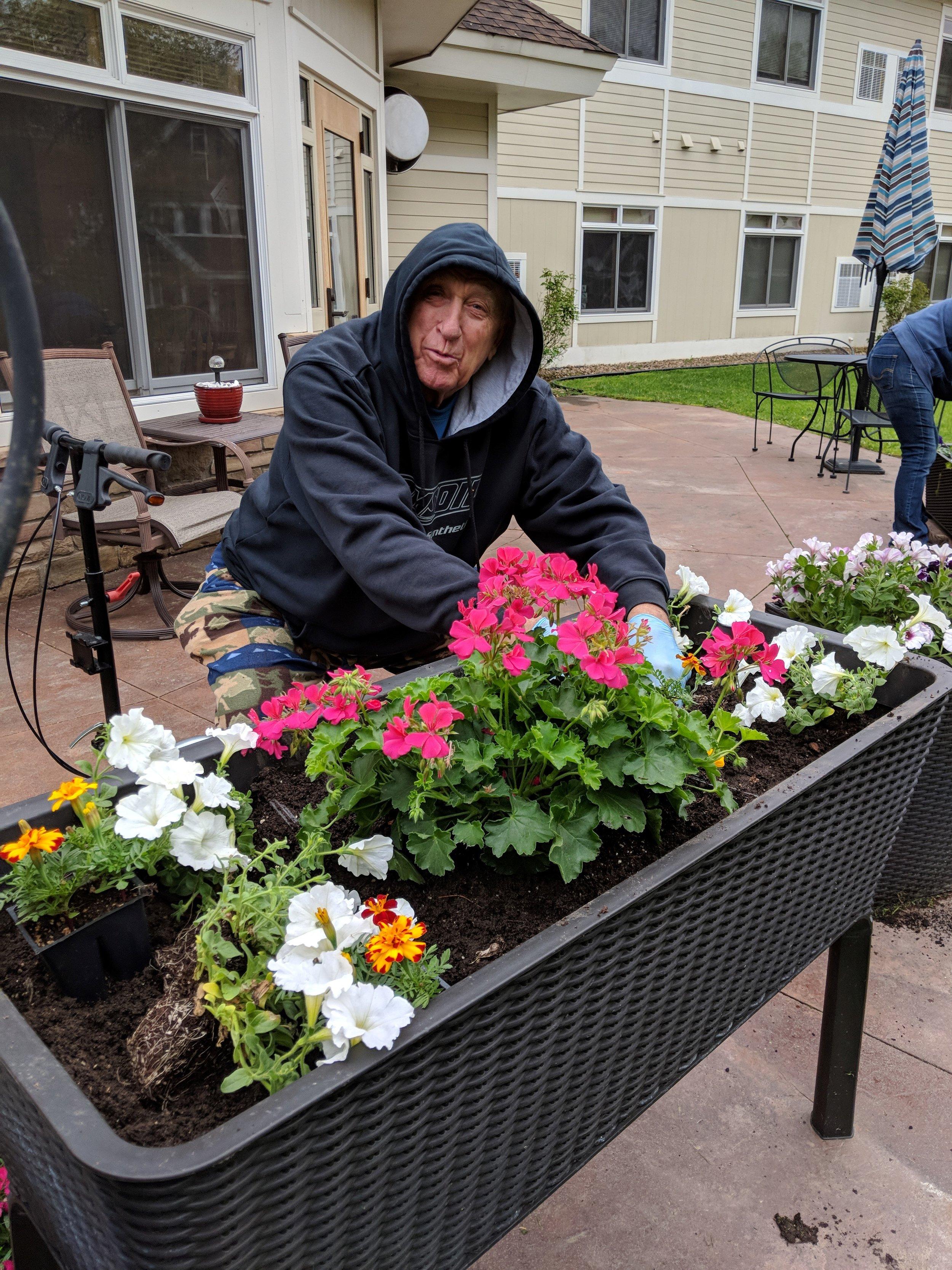 Flower Planting 2019! 8.jpg