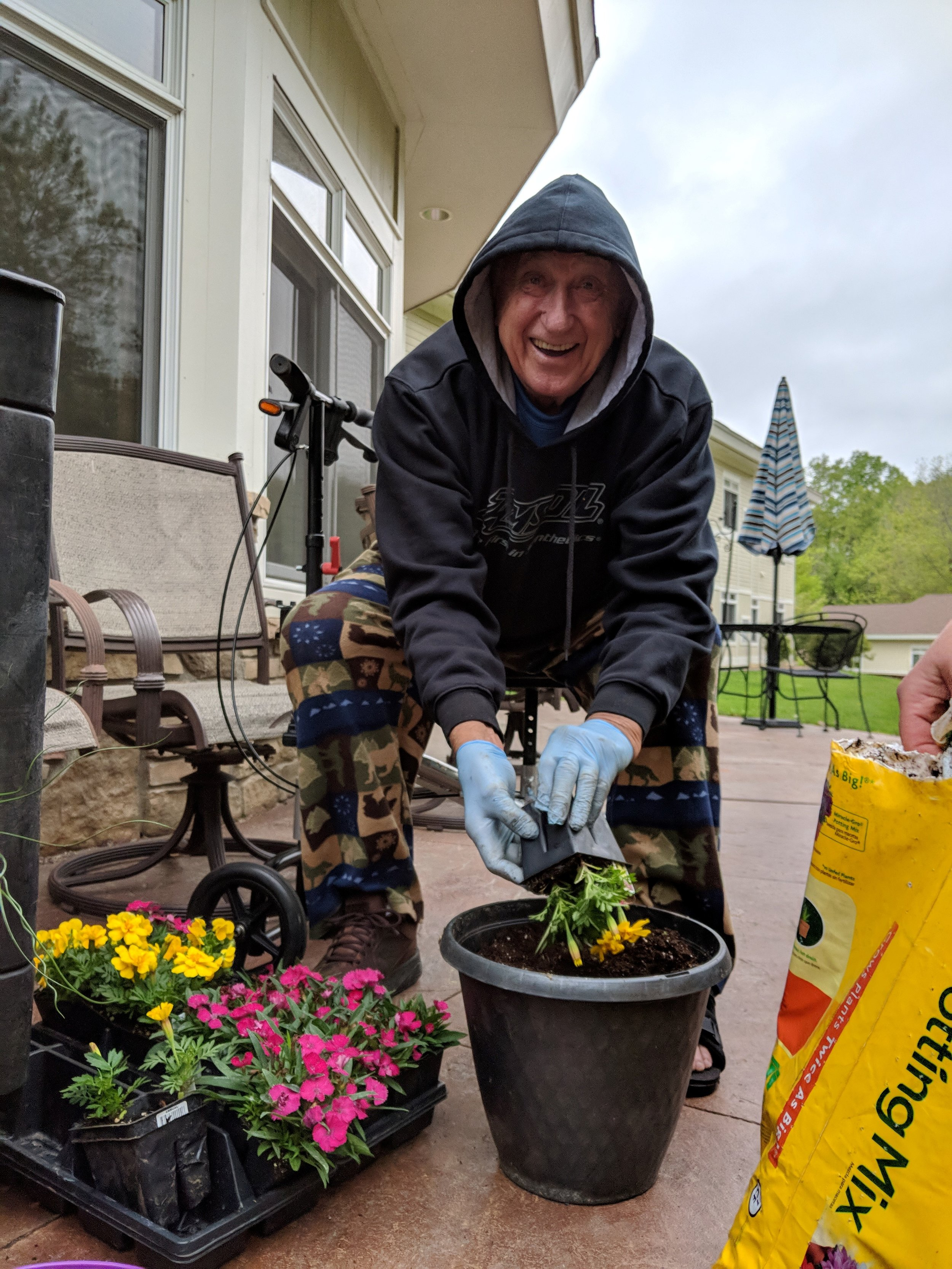 Flower Planting 2019! 9.jpg